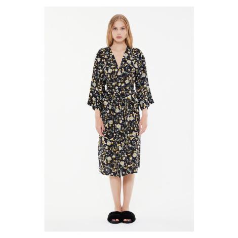 Trendyol Kwiatowe Kimono & Kaftan