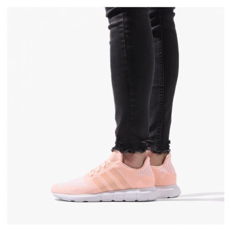 Buty damskie sneakersy adidas Originals Swift Run CG6910