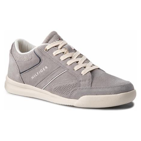 Sneakersy TOMMY HILFIGER - Corporate Detail Suede Sneaker FM0FM01622 Light Grey 004