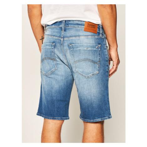 Tommy Jeans Szorty jeansowe Scanton DM0DM08037 Niebieski Slim Fit Tommy Hilfiger