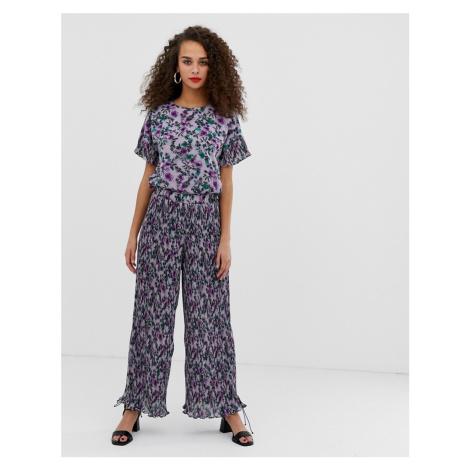 Pieces Adrianna floral print plisse wide leg trousers