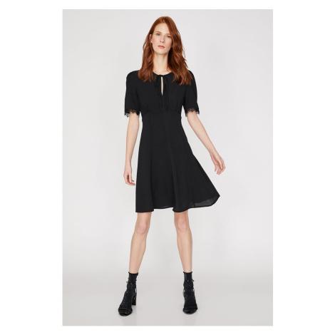 Koton Kobiety Czarna sukienka