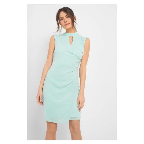 Dopasowana sukienka ze stójką Orsay
