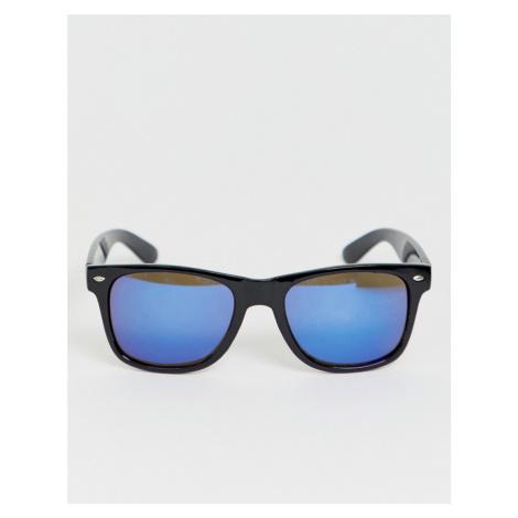 SVNX square frame sunglasses in black 7X