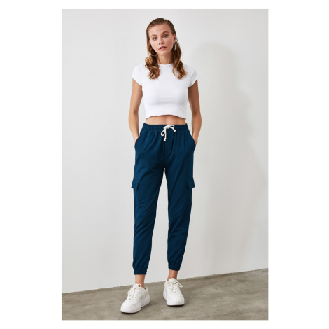 Women's sweatpants Trendyol Pocket detailed