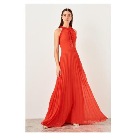 Trendyol Red drop-off evening dress