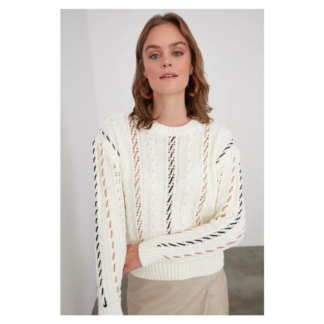 Trendyol Stone Color Execution Szczegółowy sweter z dzianiny