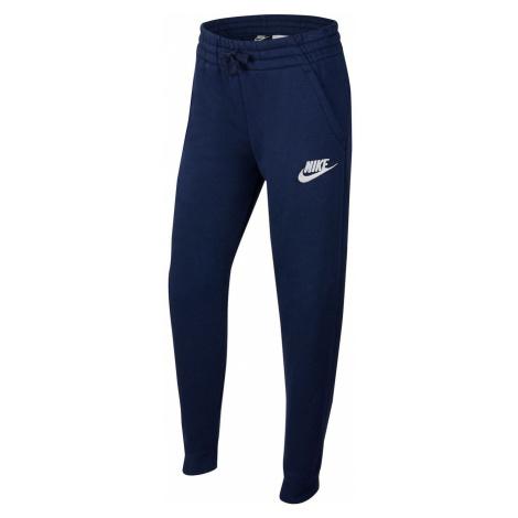 Sportowe ubrania dziecięce Nike