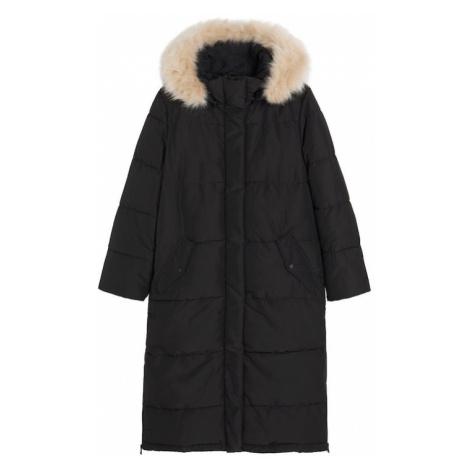 MANGO Płaszcz zimowy 'Aura' czarny