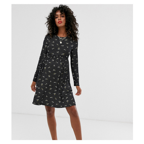 New Look Maternity jersey smock dress in spot floral print