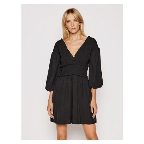 NA-KD Sukienka codzienna Smocked 1018-006781-0002-581 Czarny Regular Fit
