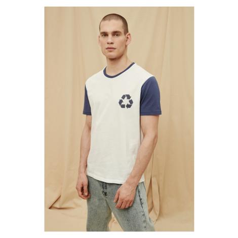 Modsyol Navy Blue Mężczyzna 100% Organic Cotton T-Shirt Trendyol