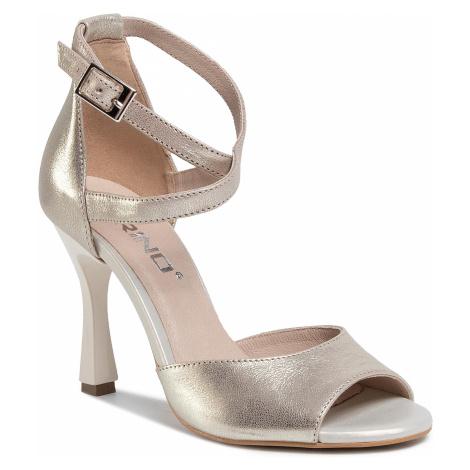 Sandały KARINO - 3262/074-P Złoty