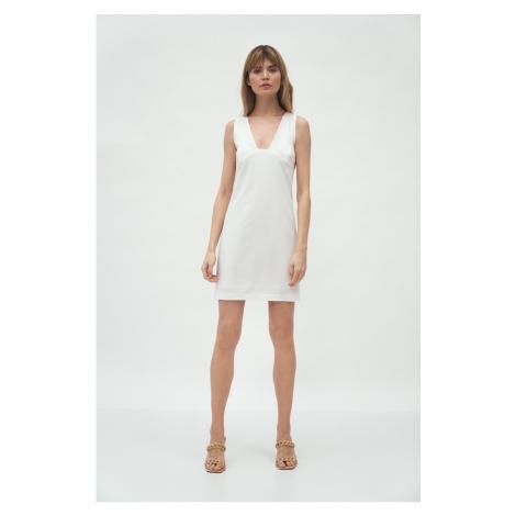 Sukienki bez rękawów Nife