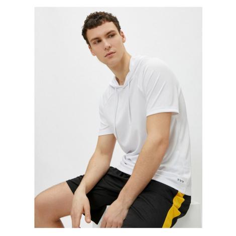 Koton Męski biały bluza z kapturem Basic Krótki rękaw T-Shirt