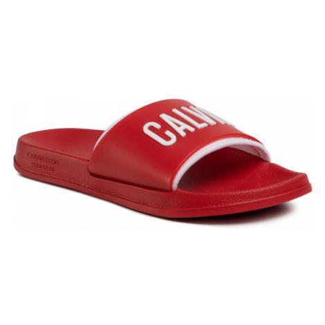 Calvin Klein Swimwear Klapki Slide KM0KM00495 Czerwony