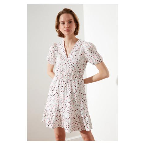 Trendyol Białe koło zamachowe kwiatowa wzorzysta sukienka