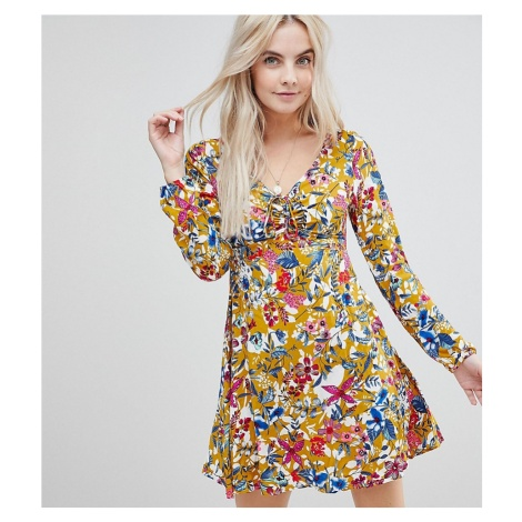 Boohoo Petite exclusive petite open back floral dress