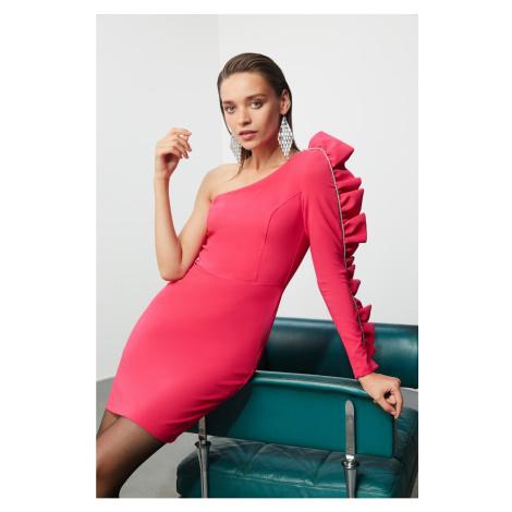Czerwone sukienki z jednym ramieniem