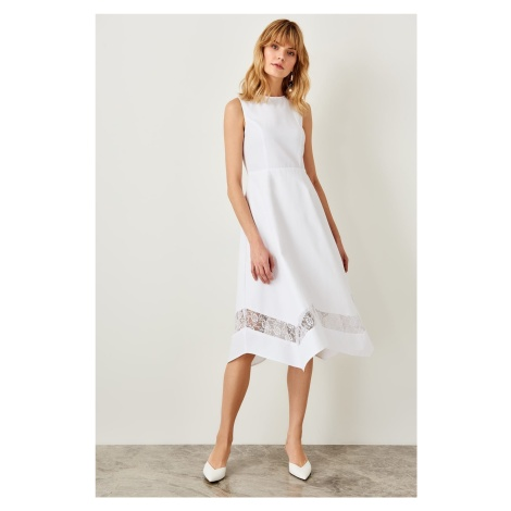 Trendyol White Lace Detail Dress