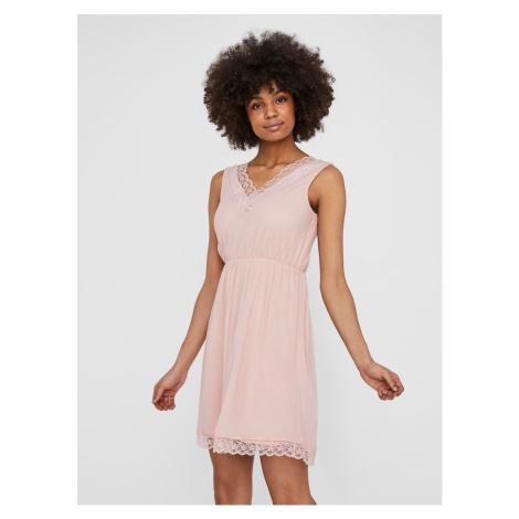 Różowa sukienka z koronką VERO MODA Pernilla