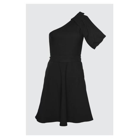 Modsyol Czarny rękaw Szczegółowa sukienka Trendyol