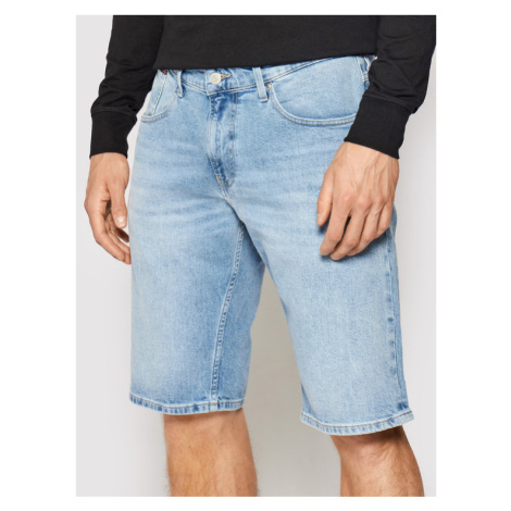 Tommy Jeans Szorty jeansowe Ronnie DM0DM10555 Niebieski Relaxed Fit Tommy Hilfiger