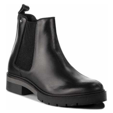 Sztyblety TOMMY HILFIGER - Metallic Leather Che FW0FW03061 Black 990