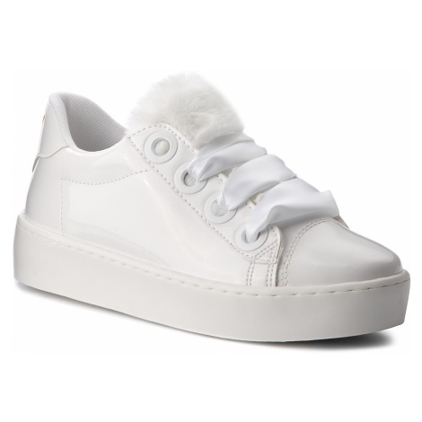 Sneakersy GUESS - FLURN3 PAF12 WHITE