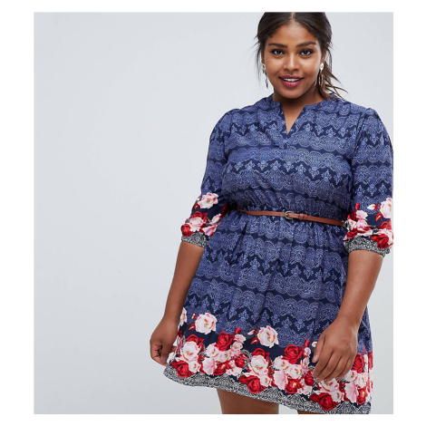 Yumi Plus belted dress with 3/4 sleeves in rose border print