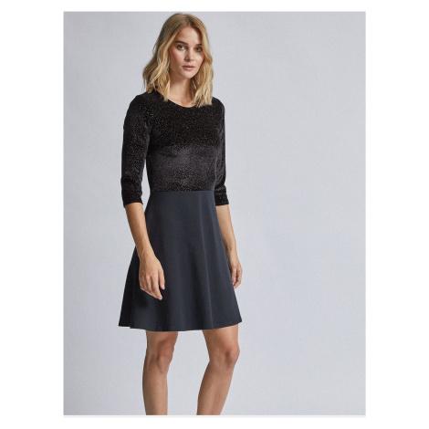 Czarna aksamitna sukienka Dorothy Perkins