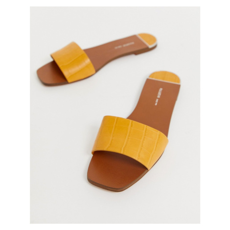 Pull&Bear moc croc mule sandals in yellow Pull & Bear