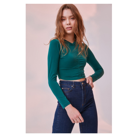 Trendyol Green Ruffled Crop Knitted Blouse
