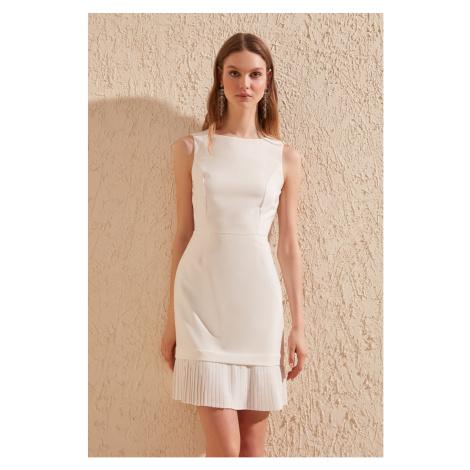 Trendyol Ecru pleise Detailed Dress
