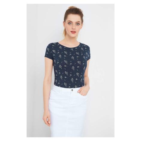 T-shirt w kwiaty Orsay