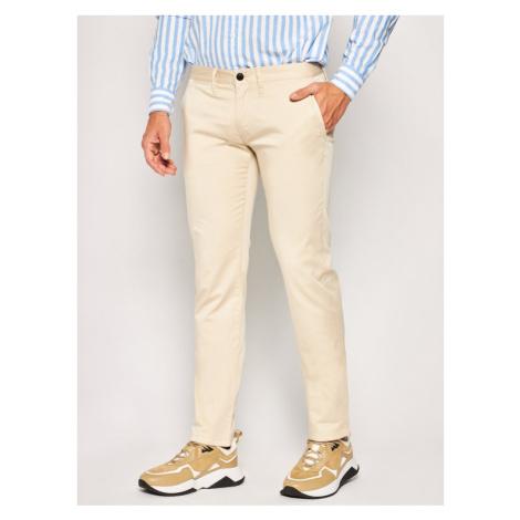 Emporio Armani Spodnie materiałowe 3H1P20 1NEDZ 0128 Beżowy Slim Fit