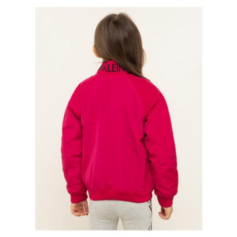 Calvin Klein Jeans Kurtka przejściowa Logo Bommer IG0IG00434 Różowy Regular Fit