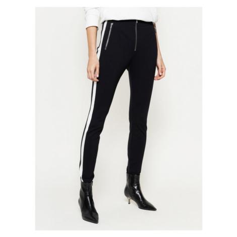 Hugo Spodnie materiałowe Hinita 50423828 Czarny Slim Fit Hugo Boss