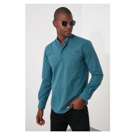 Trendyol Green Men's Dominating Collar Half-Pop Button Shirt