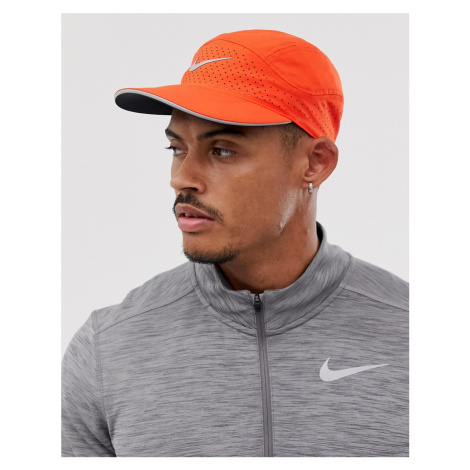 Nike Running Aerobill Tailwind cap in red