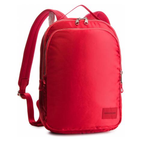 Plecak CALVIN KLEIN JEANS - Satin Sleek Cp 35 K40K400824 634
