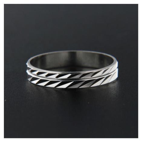 Pierścionek srebrny 13840