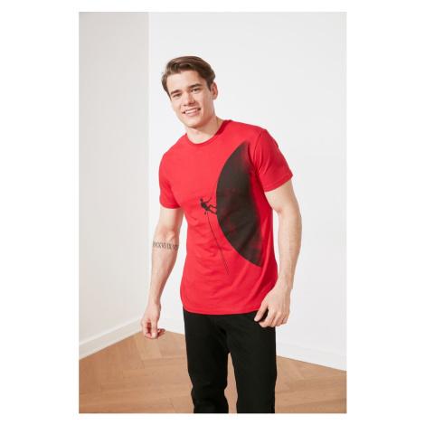 Modsyol Red Męskie paski z nadrukiem T-shirt z krótkim rękawem Trendyol