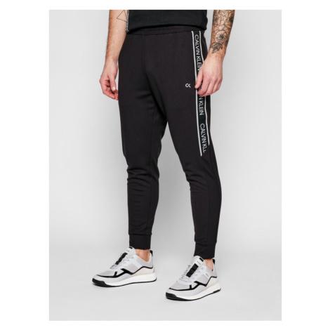 Calvin Klein Performance Spodnie dresowe 00GMS1P644 Czarny Regular Fit