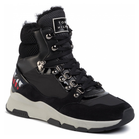Sneakersy TOMMY HILFIGER - Patent Fashion Sporty Boot FW0FW04593 Black BDS
