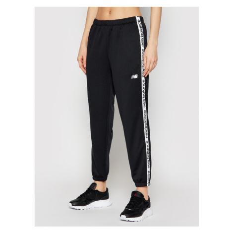 New Balance Spodnie dresowe Rlntls NBWP11185 Czarny Regular Fit