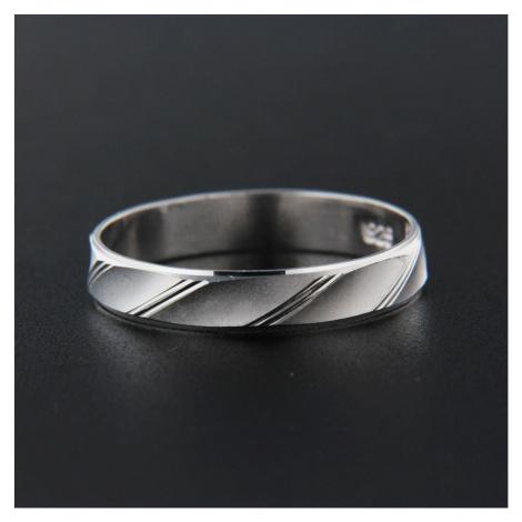 Pierścionek srebrny 13829