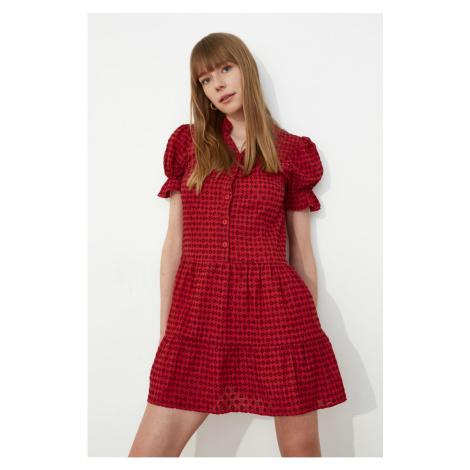 Suknia z guzików z czerwonej tekstury z modsąolową tkaniną Trendyol