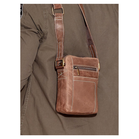 Brown men´s leather bag