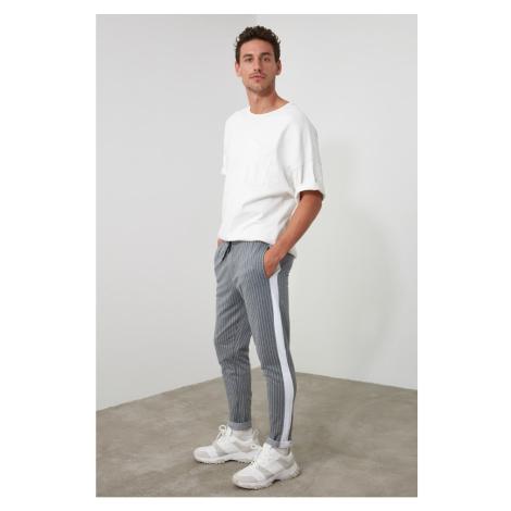 Spodnie dresowe męskie Trendyol TMNAW21EA0091/GREY